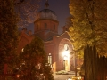 Cerkiew wieczorem 1 listopada. Foto Mariusz Buczma.